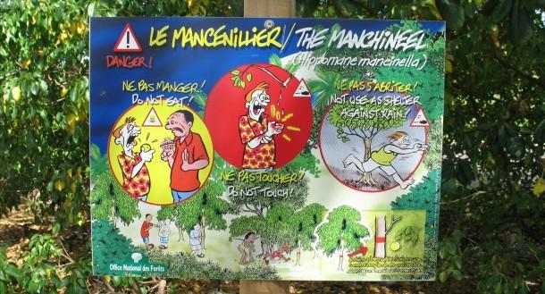 Manchineel tree warning by Gael Chardon via Flickr (CC BY-SA 2.0)