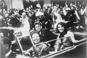 JFK motorcade (public domain CC0)